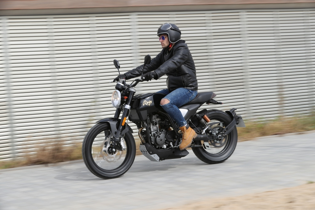 Rieju CenturY 125 2018 MotorADN (30)