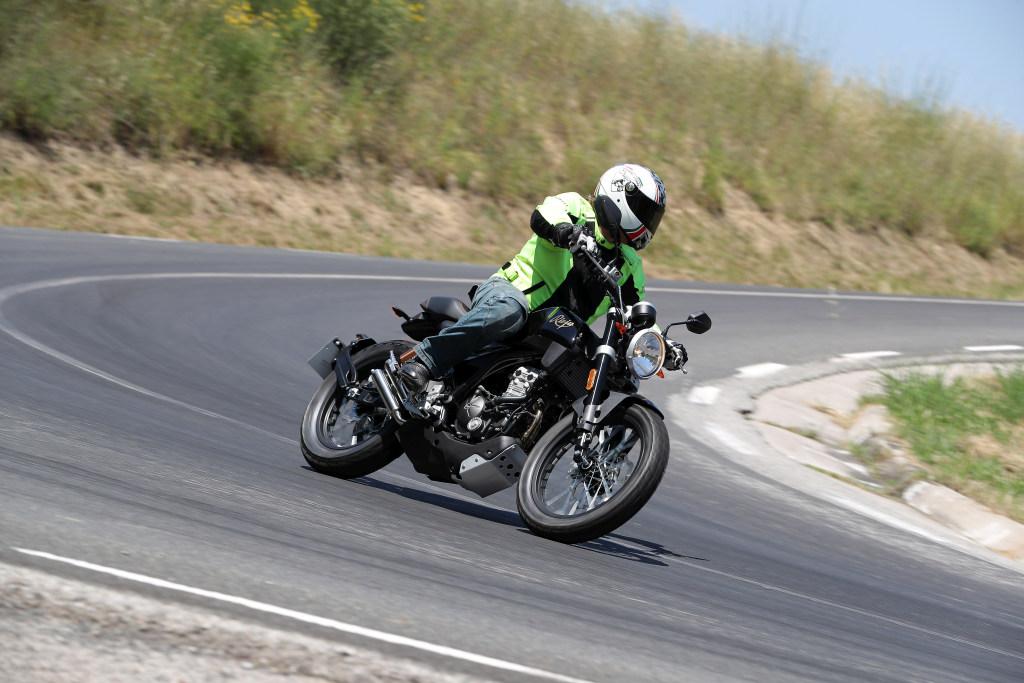 Rieju CenturY 125 2018 MotorADN (71)