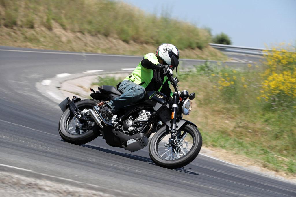 Rieju CenturY 125 2018 MotorADN (73)