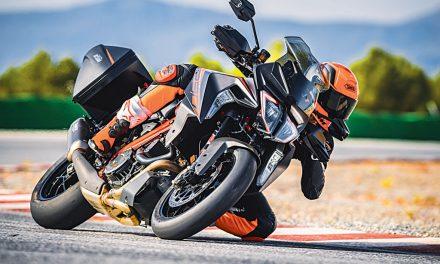 Novedades KTM 2019: KTM 1290 SUPER DUKE GT+R, LA NOBLEZA REFORZADA.