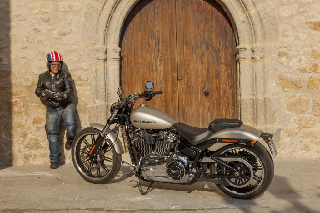 Prueba Harley Breakout 114 2018 MotorADN (27)