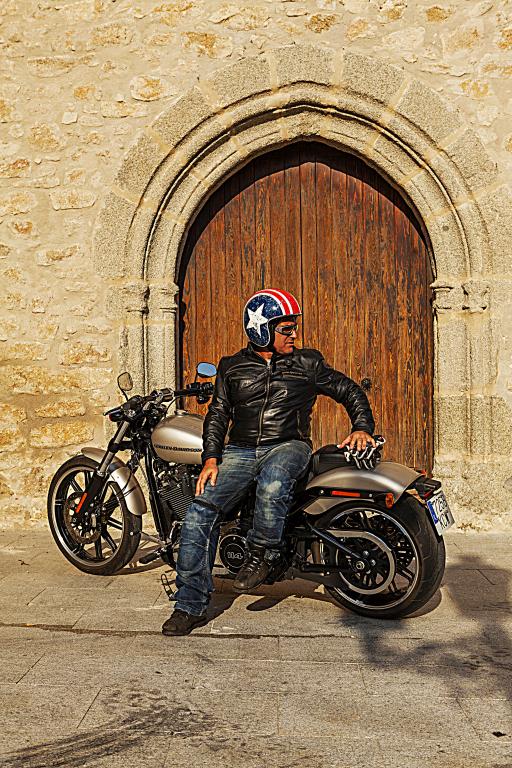 Prueba Harley Breakout 114 2018 MotorADN (30)