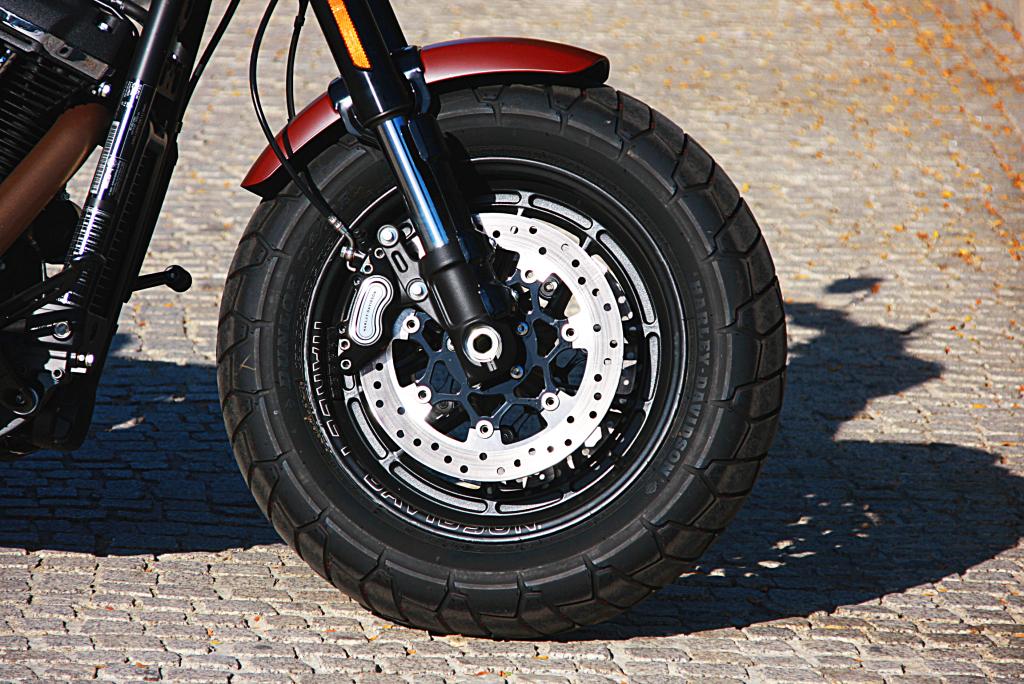 Prueba Harley Davidson Fat Bob 2017 MotorADN (2)