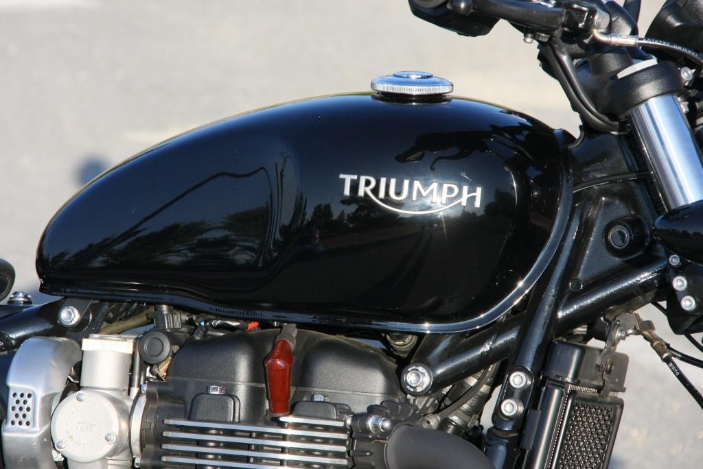 Prueba Triumph Bobber Black 2018 MotorADN (4)