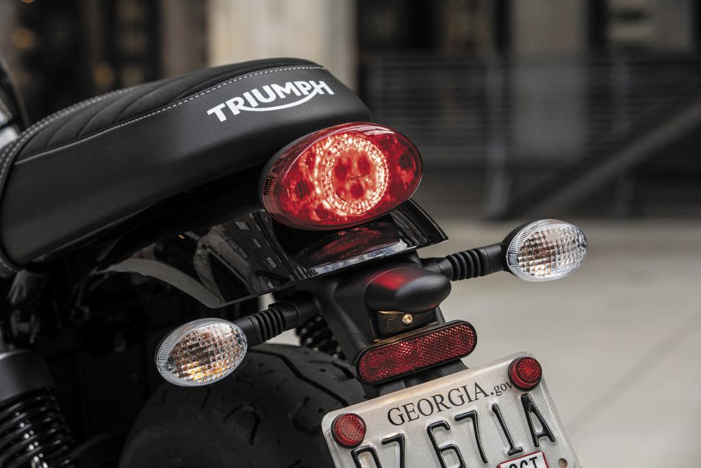 Triumph Street Twin - Street Scrambler 2019 (79)