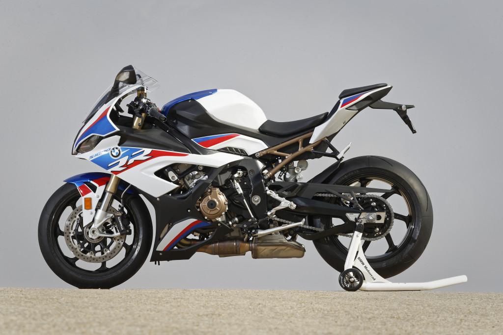 BMW S1000RR 2019 MOTORADN previo (47)