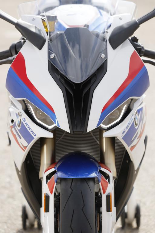 BMW S1000RR 2019 MOTORADN previo (51)