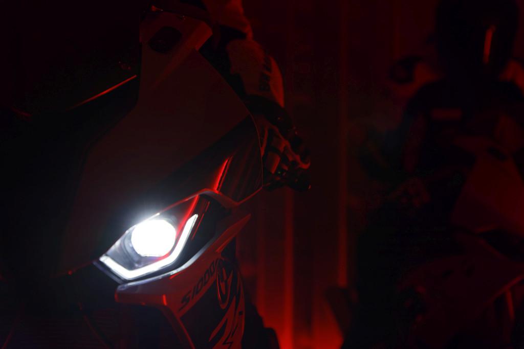BMW S1000RR 2019 MOTORADN previo (67)