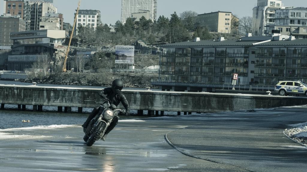Ducati Monster en Millennium, lo que no te mata te hace más fuerte (20)