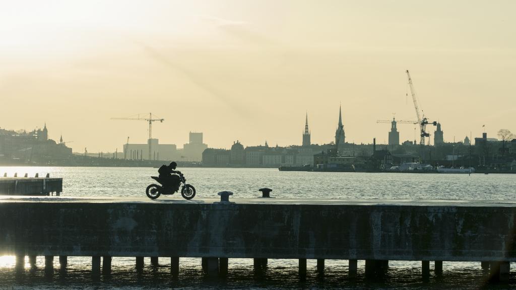 Ducati Monster en Millennium, lo que no te mata te hace más fuerte (21)