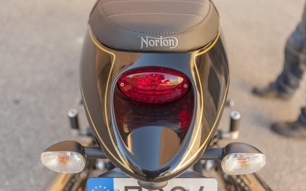 Fotos Norton Commando 961 Sport MKII prueba MotorADN.com