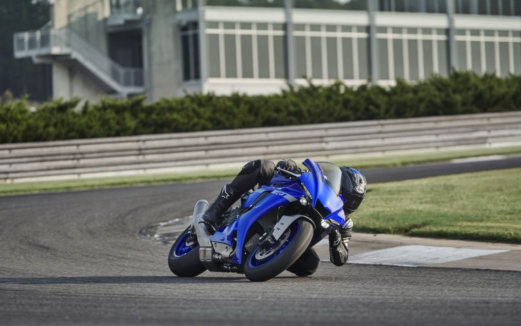 Fotos Yamaha YZF-R1 y YZF-R1 M 2020