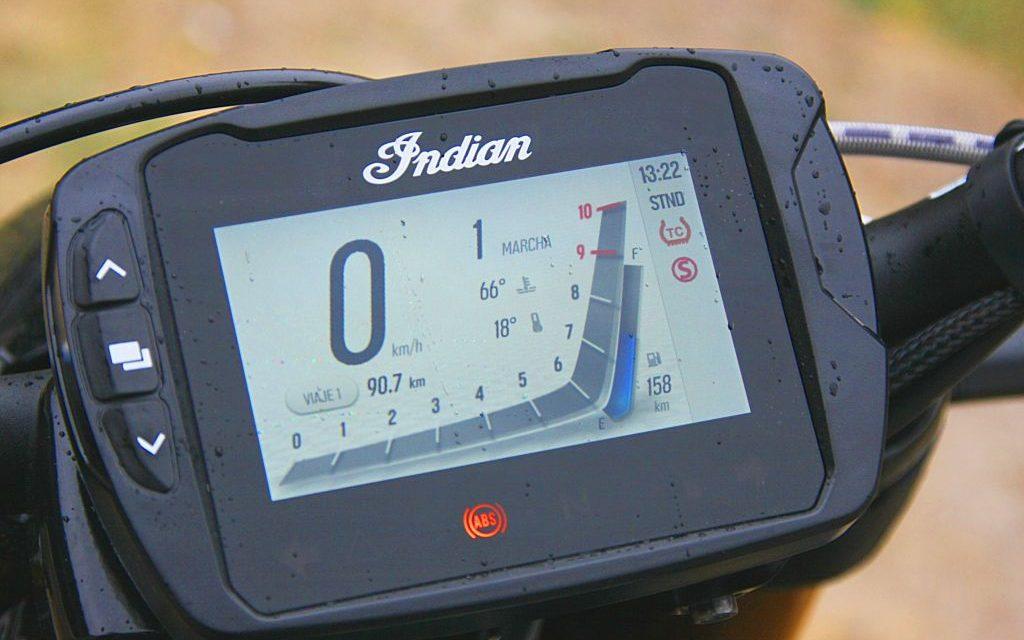 Fotos Indian FTR 1200 prueba MotorADN