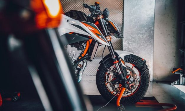 Fotos KTM 890 Duke R 2020