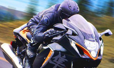 MOTOS 2021: SUZUKI HAYABUSA GSXR 1300.TODOS SUS VIDEOS, FOTOS Y TÉCNICA.